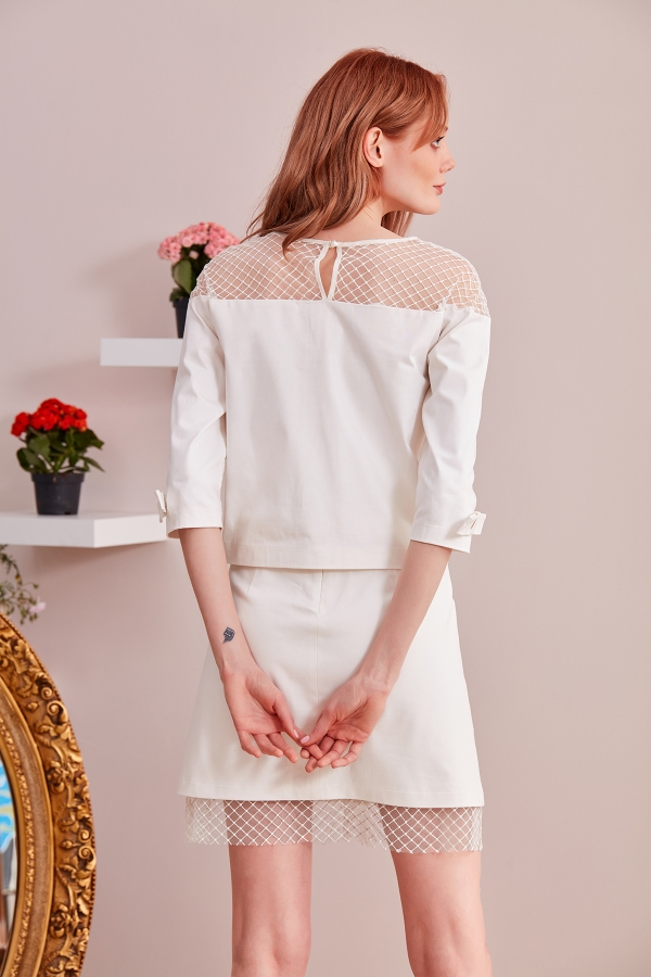 Custom Design Dresses - The best quality custom design dresses for weddings, parties, meetings are designed for you in SerapStyle.