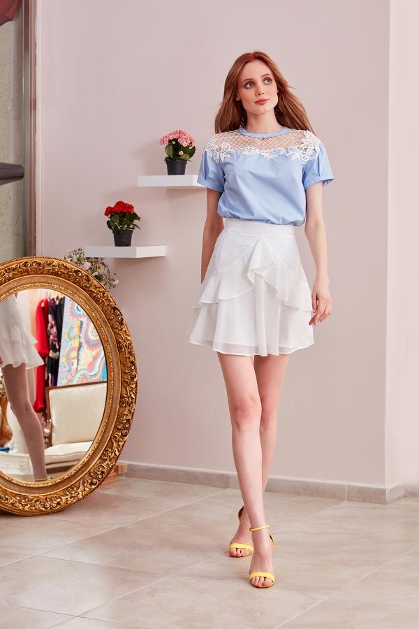 Etek bluz kombinli özel tasarım ve özel dikim modellerimizi size sitemizde sunuyoruz Şifon etek, üstü poplin kumaş ve dantelle tasarlanmış şık modeller.