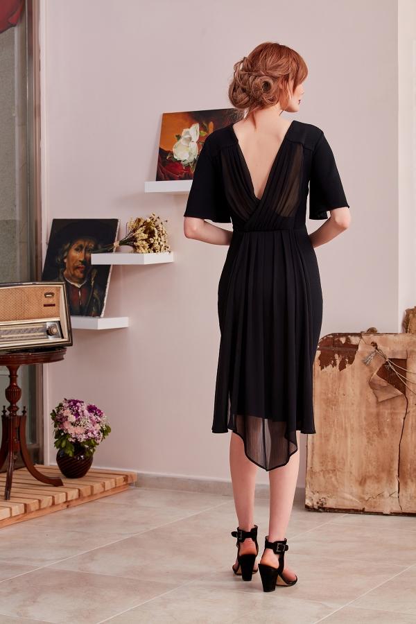 Şık ,sade,modern,romantik  diz altı kalem özel tasarım ve özel dikim abiye elbise modelleini uygun fiyata sizler için tasarlıyoruz.