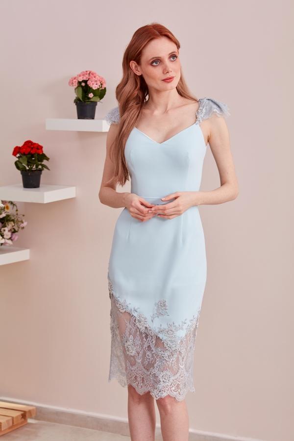 En güzel el işlemesi tasarım abiye elbise modellerine SerapStyle dan ulaşabilirsiniz. Uygun fiyat ve hızlı ulaşım.