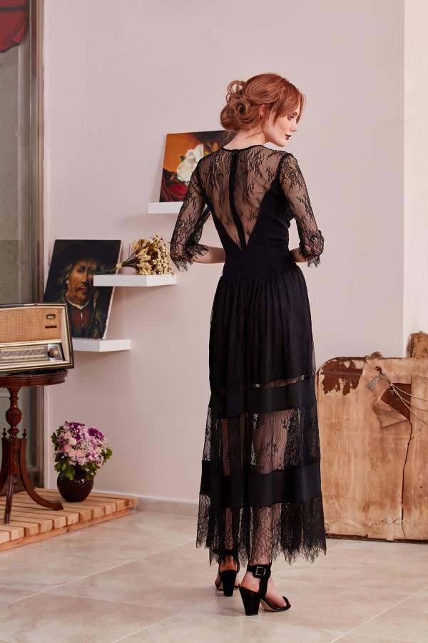 Serap Style size özel tasarımlarının yanında  özel dikim seçeneği de sunuyor. Sade, şık, modern ve uygun fiyat seçeneği sunuyoruz.
