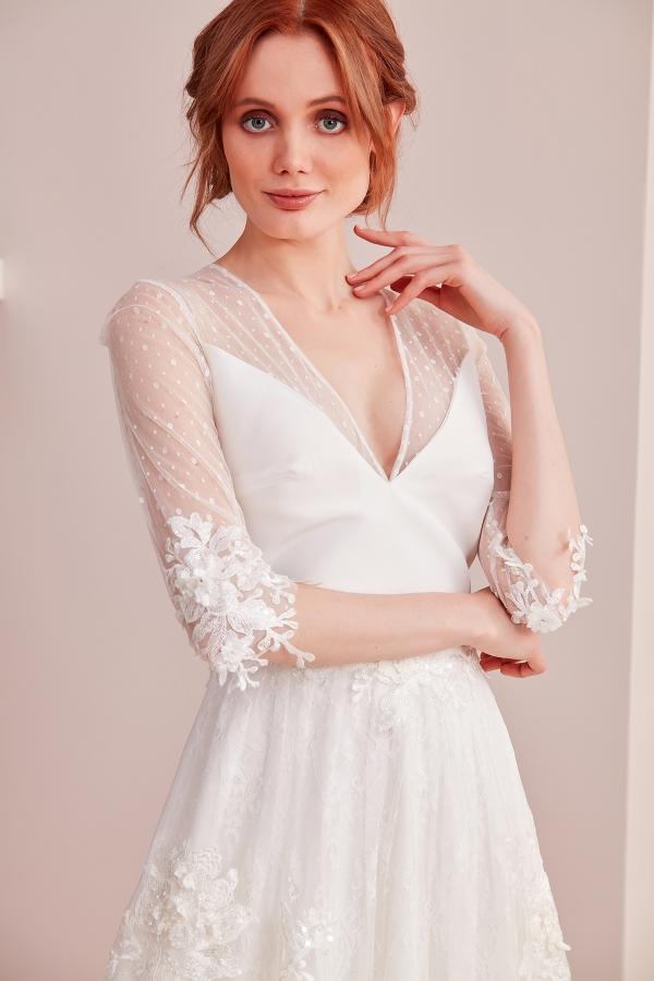 Vintage ve modern tarzlarda elbise modelleri SerapStyle da. Web sitemizi ziyaret edin. Uygun fiyatlar ve yüksek kalite.